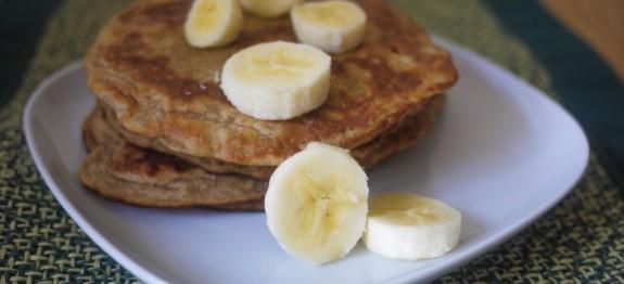 Banana-Pancakes-575x262